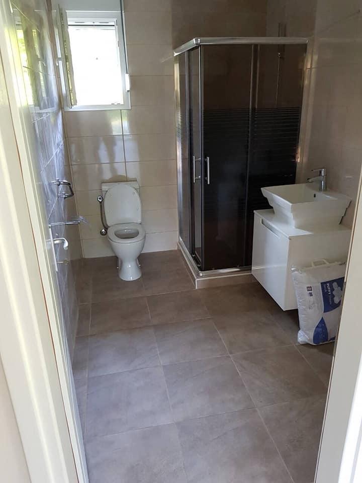 Kupatilo u montaznoj kuci 5